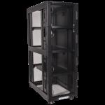 Удобные шкафы LANMASTER DCS для ЦОД: особенности серии