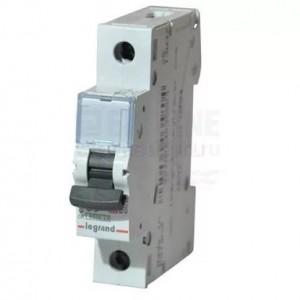 Legrand 03387 Автоматический выключатель 1п 20А  6кА